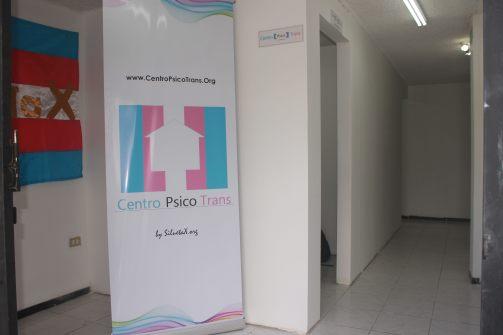Oficinas del primer centro psico trans - Evita Terapias correctivas de tortura o conversión - Asociación Silueta X (28)