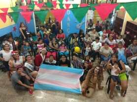 Agasajo de niños con VIH - SIlueta X - Cámara LGBT - Transmasculinos Ecuador 2019 -niños enfermeddes catastroficas (11)