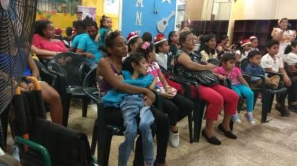 Agasajo de niños con VIH - SIlueta X - Cámara LGBT - Transmasculinos Ecuador 2019 -niños enfermeddes catastroficas (67)