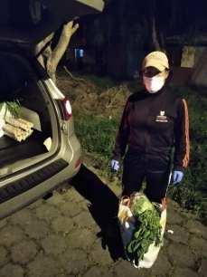 Donación de canastas y alimentos por parte de la Asociación Silueta X, centro Pisco Trans y La Camara LGBT de Comercio Ecuador - Covid19 - Apoyo Prefectura de Pichincha (5)