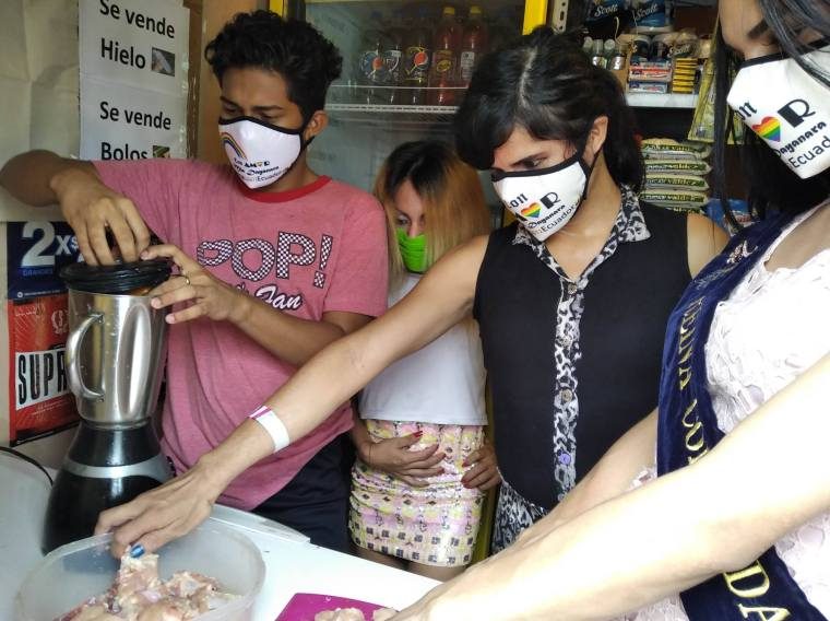 Inauguración del Primer Comedor Comunitario Trans en Guayaquil - Ecuador iniciativa de la Asociación Silueta X (15)
